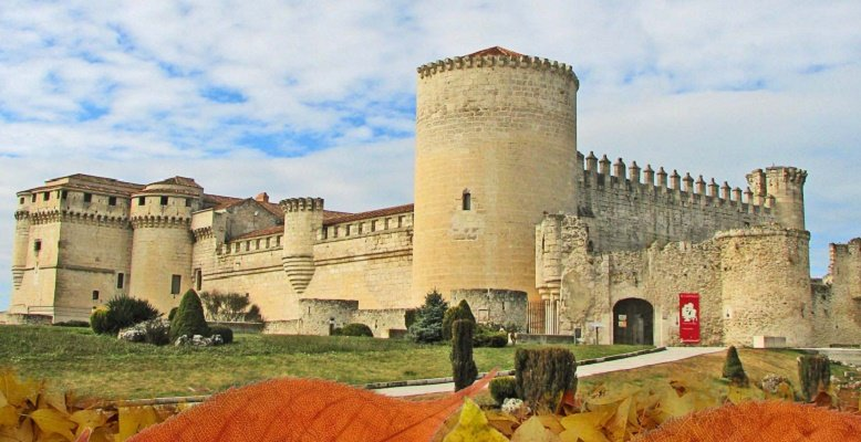 Visitas desde villaviciosa a los castillos de cu llar y coca - Oficina turismo segovia ...